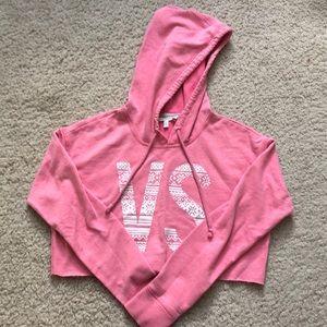 Cropped VS hoodie